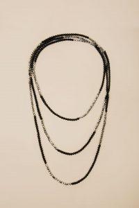 Ожерелье O015 Black-Silver